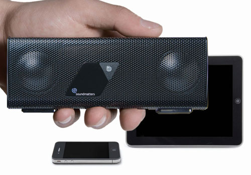 Soundmatters FoxLv2 Bluetooth stereo speaker for iPhone and iPad
