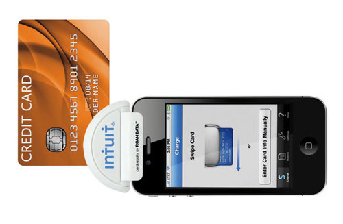 Intuit GoPayment offers iPhone credit card processing with free card reader