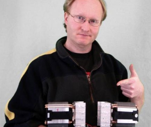 Ben Heck crafts speedy can beverage cooler from Peltier modules
