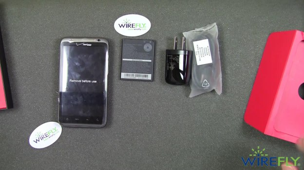 Verizon HTC ThunderBolt gets early unboxing, though launch date absent