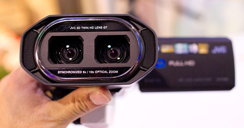 JVC GS-TD1 3D camcorder gets pre-release price slash
