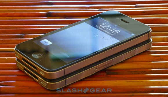 Verizon iPhone 4 Gets Dinged By Consumer Reports