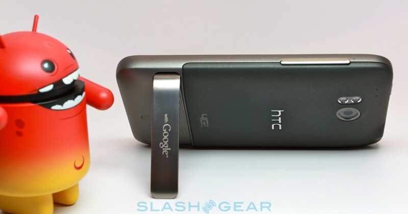 HTC ThunderBolt hands-on and unboxing [video]