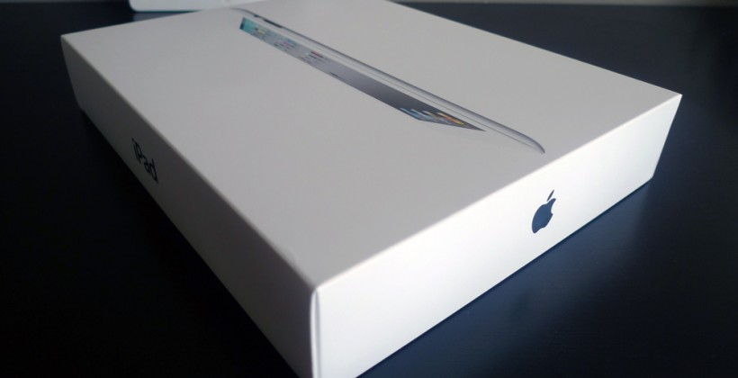 Apple secretly stockpiling new iPad 2 shipments?