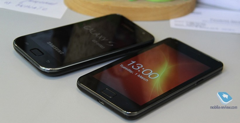 Samsung's Galaxy S II gets glowing prototype preview [Video]