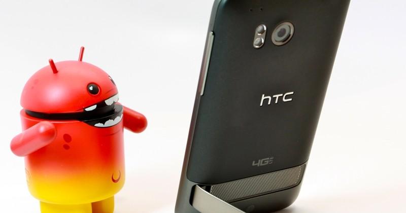 HTC Thunderbolt 4G on sale at Verizon