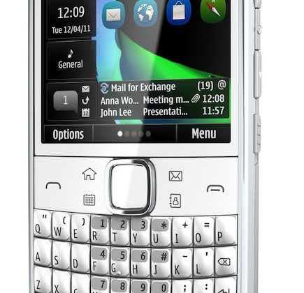 Nokia E6 official: VGA Symbian QWERTY messaging phone