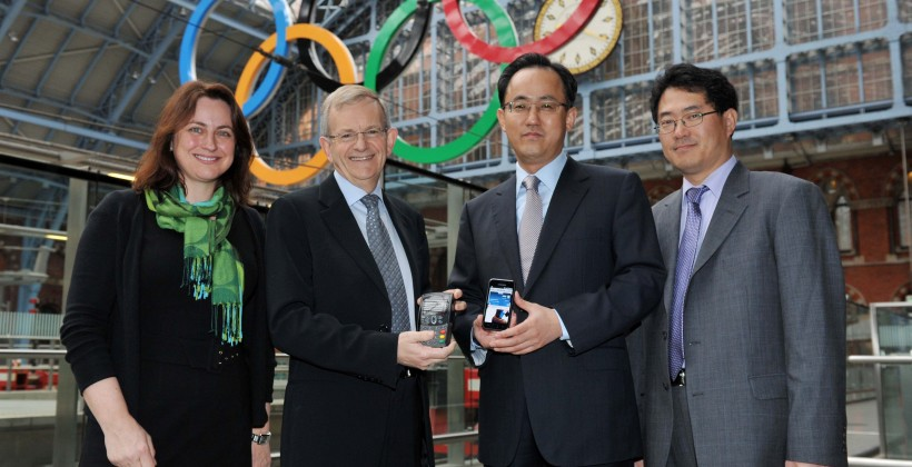 Samsung and Visa to offer Olympic-themed NFC payment phone in 2012