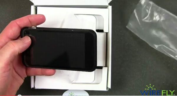 Droid Incredible 2 world phone unboxed at Wirefly