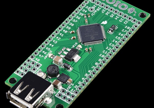 IOIO Android breakout board makes your phone a DIY gadget brain