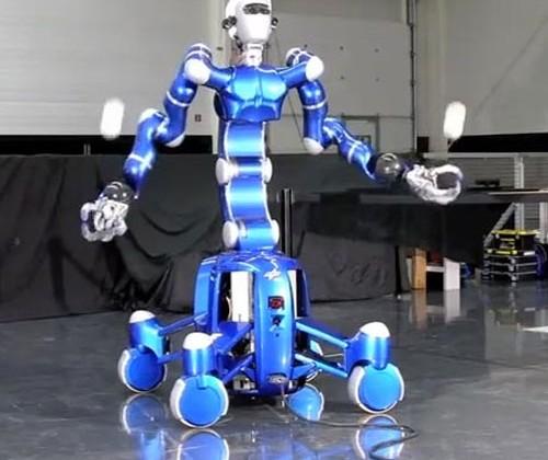 German Aerospace Agency DLR creates Rollin' Justin robot