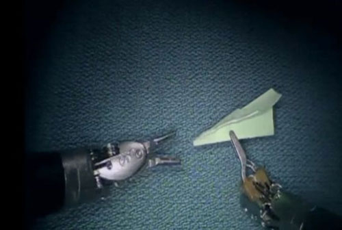 Robotic surgical instruments make tiny paper airplanes
