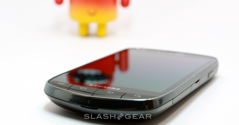 verizon-droid-charge-07-SlashGear