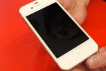 white_iphone_4_hands-on_sg_1
