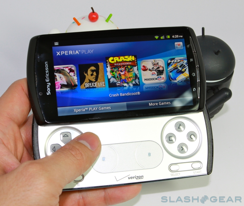 XPERIA-Play-hands-on-04-SlashGear