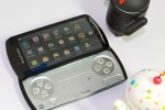 XPERIA-Play-hands-on-16-SlashGear