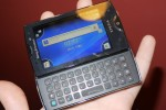 sony_ericsson_xperia_mini_pro_hands-on_sg_8