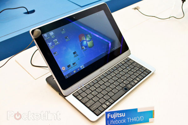 Fujitsu Lifebook TH40/D gets hands on treatment