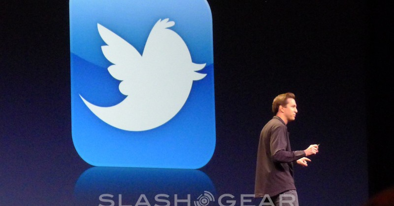 iOS 5 Gets Deep Twitter Integration, Safari Reader, And New Reading List
