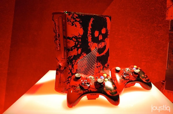 Xbox 360 to come in limited edition Gears of War 3 flavor on September 20
