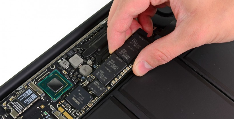 MacBook Air 13-inch (Mid-2011) Teardown Reveals Replaceable SSDs