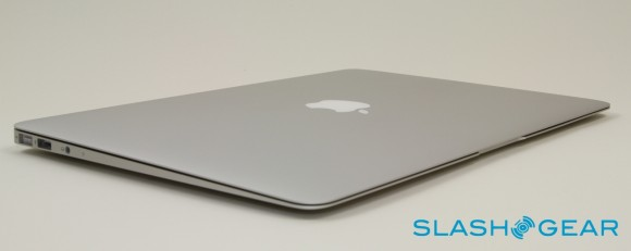 Apple Readying Ultra-Thin 15-inch and 17-inch MacBook Pros?