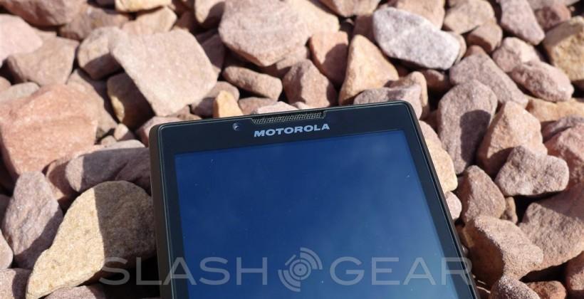 Motorola Triumph Review [Virgin Mobile]