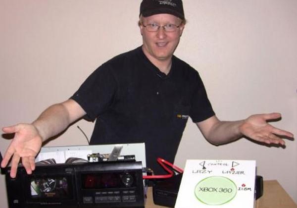 Ben Heck creates CD changer for Xbox 360