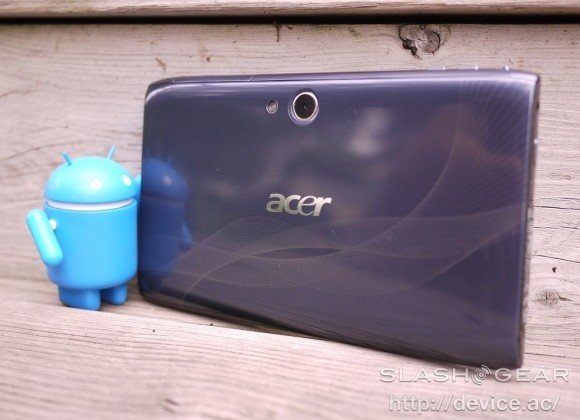 Acer reports first quarterly loss, victim of iPad success