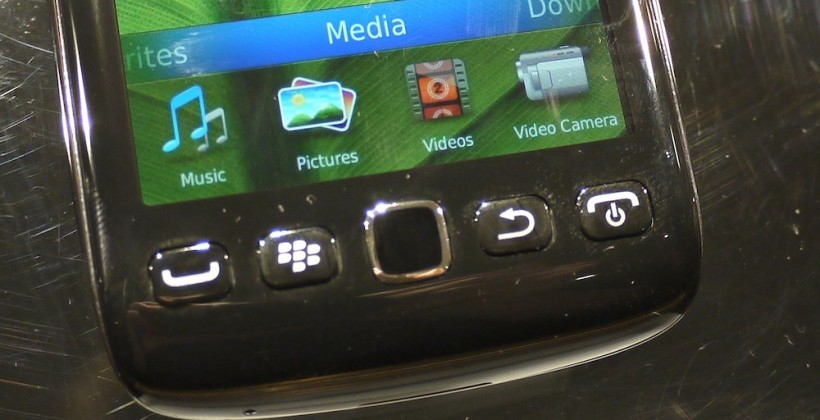 BlackBerry Torch 9850/9860 Hands-On [Video]