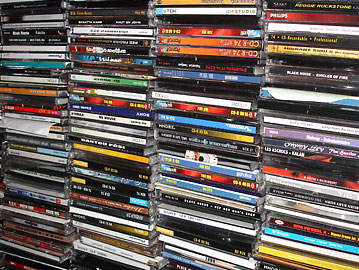Private Copying of CDs and DVDs to be Legalized in the UK