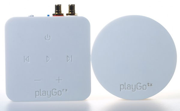 playGo USB streams music from PC or Mac to home audio system wirelessly and easily
