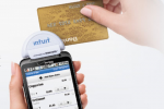 Verizon Brings Intuit GoPayment Smartphone Credit Card Reader Hardware to the Masses