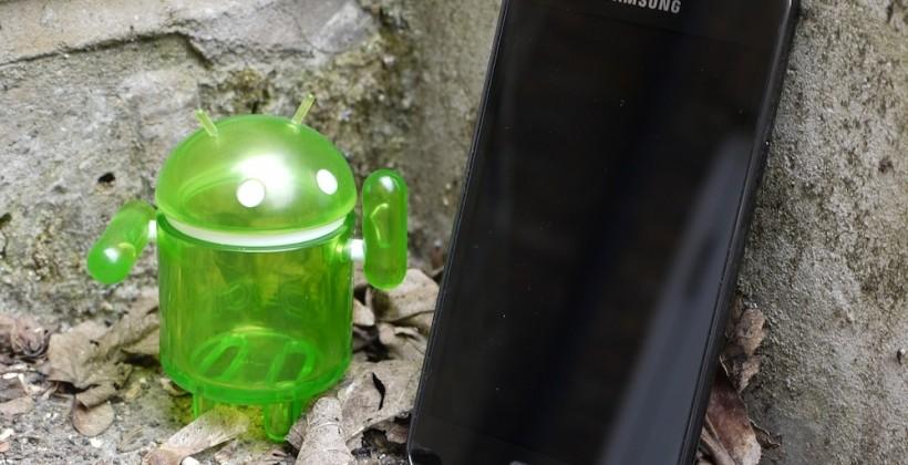 "Samsung reconsiders software ""competitiveness"" after Google Motorola deal"