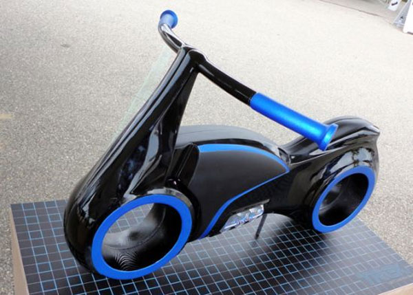 Tron Scooter Is Perfect For Tiny Users Slashgear