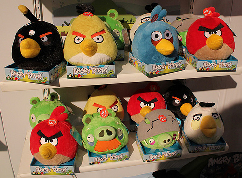 Angry Birds reaches 350 million downloads, sells 1 million tees, toys each month