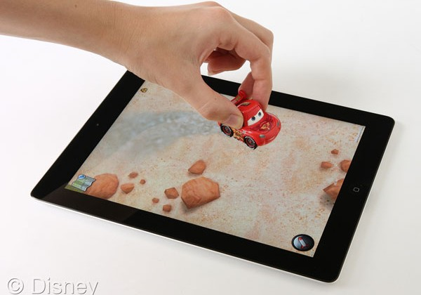 Disney AppMATes turns the iPad into a virtual play mat for kids
