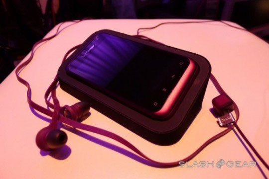 All future HTC Sense 3.5 smartphones will get 5GB of Dropbox storage free
