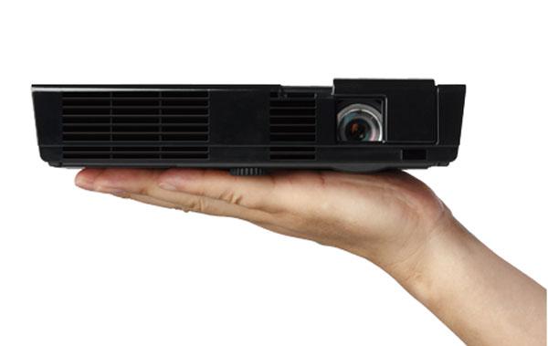 NEC L50W LED projector packs 500-lumens