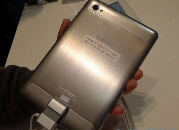 samsung_galaxy_tab_7-7_hands-on_sg_7-580x475