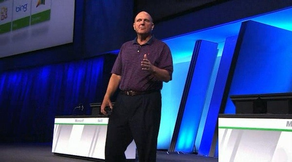 Microsoft's Ballmer boasts 500,000 Windows 8 downloads last night