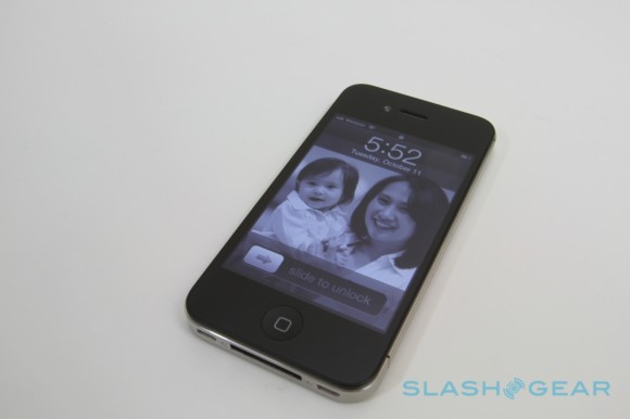iPhone 4S vs Lumia 800
