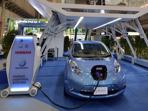 Nissan 10-minute electric car charger revealed