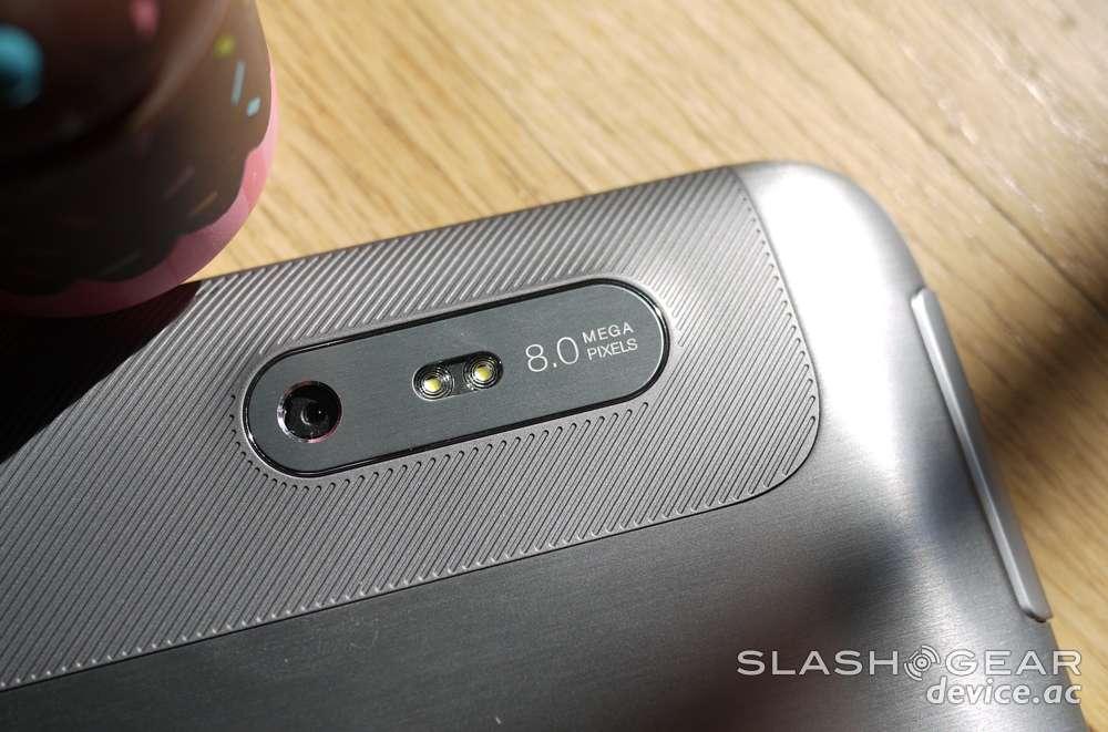 HTC Jetstream Review - SlashGear