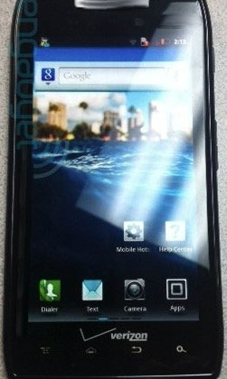 Rumor tips Droid Razr specs are better than iPhone 4S