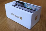 iPhone 4S hits UK