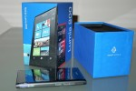 Nokia Lumia 800 hits UK shelves