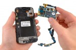 Samsung Galaxy Nexus Teardown reveals glass and display fused, low soldering