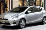 Toyota Aqua hybrid debuts in Japan to fight Honda Fit