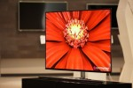 LG 55-inch OLED HDTV promises cheaper LCD-beating at CES 2012